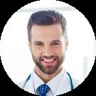 86412561-autoridad-y-concepto-de-éxito-joven-guapo-y-elegante-profesor-de-medicina-en-uniforme-blanco-está-de-pie